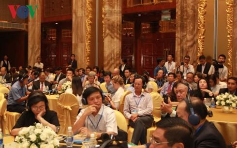 APEC mulls ways to boost small, medium enterprises - ảnh 1