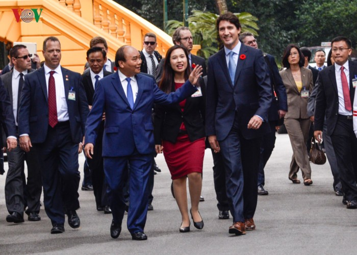Vietnam boosts cooperation with Canada, Chile - ảnh 1