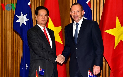 Vietnam, Australia sign agreement to foster comprehensive partnership - ảnh 1