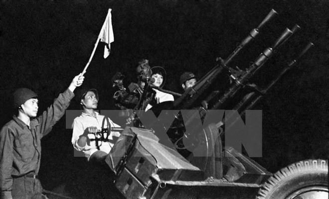 Militia, vanguard force in armed uprising - ảnh 1