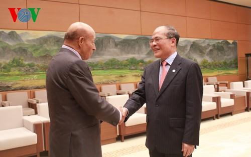 National Assembly Chairman receives Algeria's House Speaker - ảnh 1