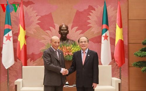 National Assembly Chairman receives Algeria's House Speaker - ảnh 2