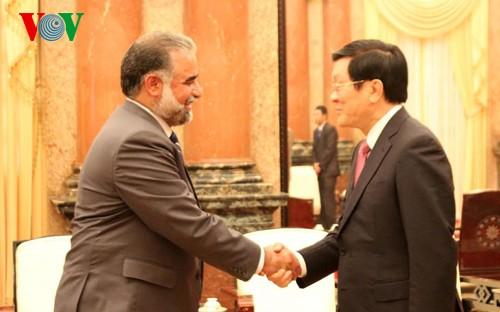 President receives parliamentary speakers attending IPU 132 - ảnh 1