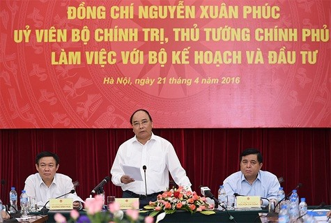Prime Minister holds working session with Ministry of Planning and Investment - ảnh 1