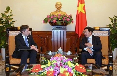 Vietnam FM, US Deputy Secretary of State discuss bilateral ties - ảnh 1