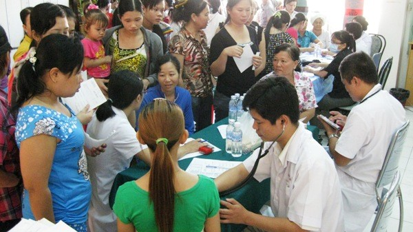 HCM city improves human resources of medical sector - ảnh 1