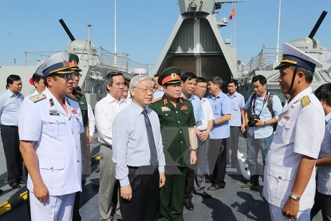 Party leader visits Naval zone 4 - ảnh 1