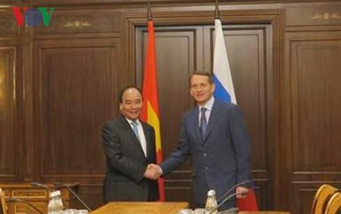Prime Minister Nguyen Xuan Phuc meets Chairman of Russia's State Duma - ảnh 1