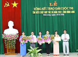 2012版合作社法知识竞赛总结暨颁奖仪式在河内举行 - ảnh 1