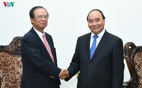 阮春福会见柬埔寨邮电通讯部大臣陈尤德 - ảnh 1