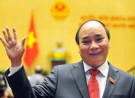 越南政府总理阮春福离开河内开始对中国进行正式访问 - ảnh 1