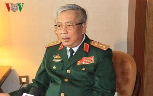 阮志咏上将会见2017-2020年任期越南驻外代表机构首席代表 - ảnh 1