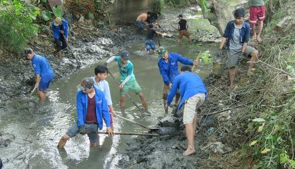 越南青年与夏季志愿者活动 - ảnh 2