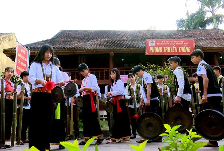 Phu Tho 성 Thanh Son현 Muong동포의 민족문화 정체성 보존 - ảnh 4