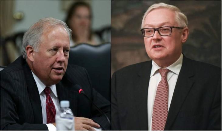 Des diplomates de haut niveau américain et russe vont se rencontrer à Helsinki - ảnh 1