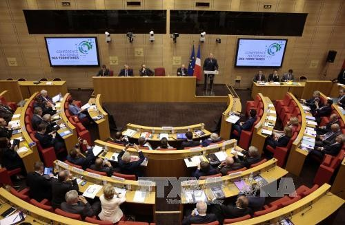 Sénatoriales françaises: la droite conforte sa majorité, revers pour La République en marche - ảnh 1