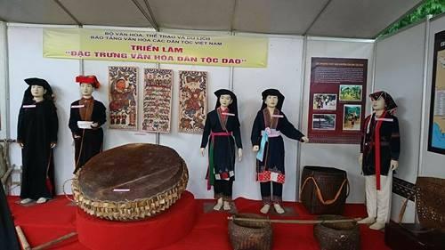 La première fête des Dao du Vietnam  - ảnh 1