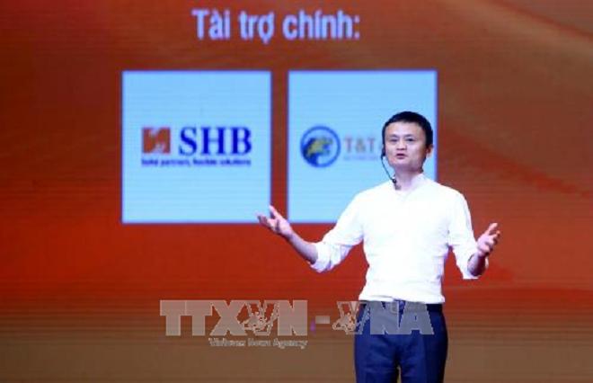 Jack Ma rencontre 4.000 étudiants et jeunes vietnamiens - ảnh 1