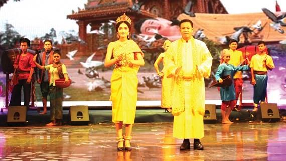 Ouverture de la fête culturelle, sportive et touristique des Khmer du Sud - ảnh 1
