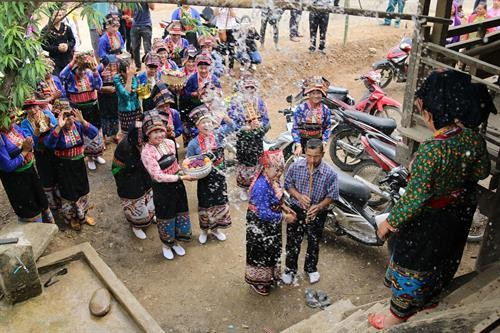 Diên Biên préserve son patrimoine culturel immatériel - ảnh 2