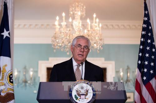 США поддерживают усилия Кувейта по мирному урегулированию ситуации вокруг Катара - ảnh 1