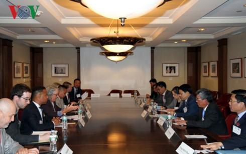 Вьетнам и США совместно активизируют сотрудничество на уровне районов - ảnh 1