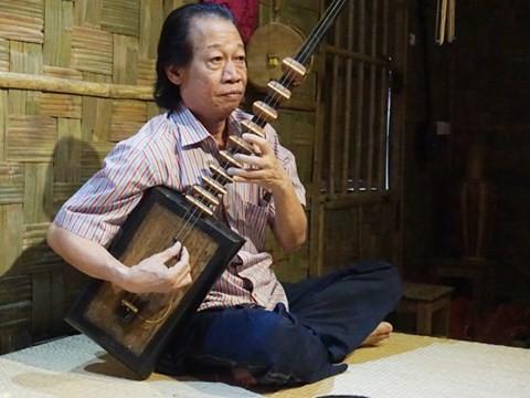 Народный артист Суан Хоать посвящает всю свою жизнь традиционной народной музыке - ảnh 1