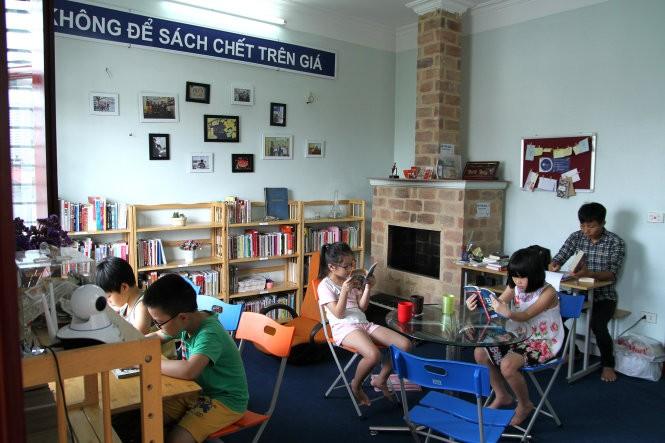 Библиотека «Bfree» - повышение любви вьетнамской молодежи к чтению - ảnh 1
