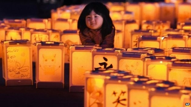 Japan commemorates victims of 2011 earthquake and tsunami  - ảnh 1