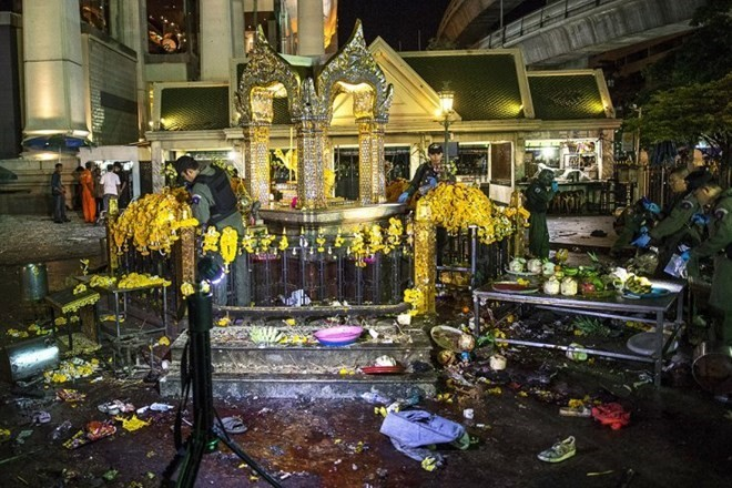 Detained suspect admits involvement in Bangkok bombing - ảnh 1