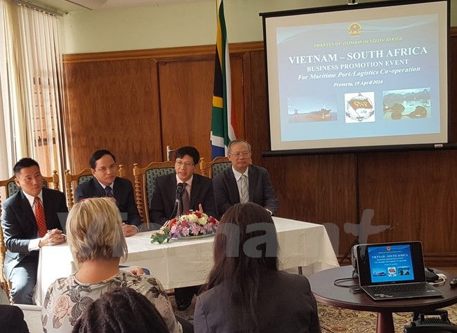 Vietnam, South Africa boost cooperation in maritime transportation - ảnh 1