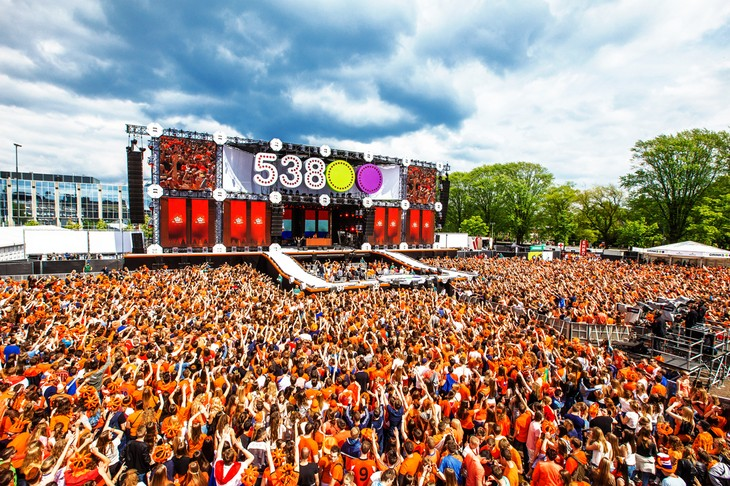 The King's Day of the Dutch: Time of orange madness!   - ảnh 4
