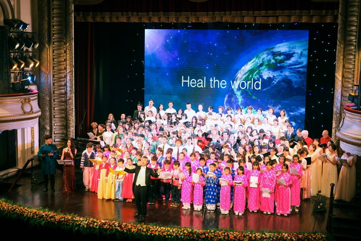 The Hanoi Miracle Choir and Orchestra: When music changes life - ảnh 5