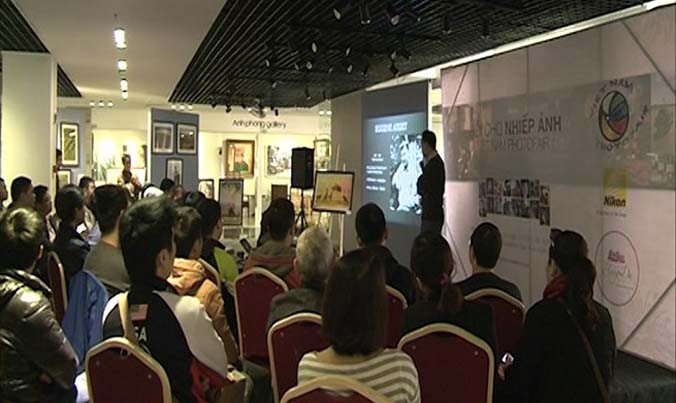 Vietnam photo fair 2016 opens in Hanoi - ảnh 1