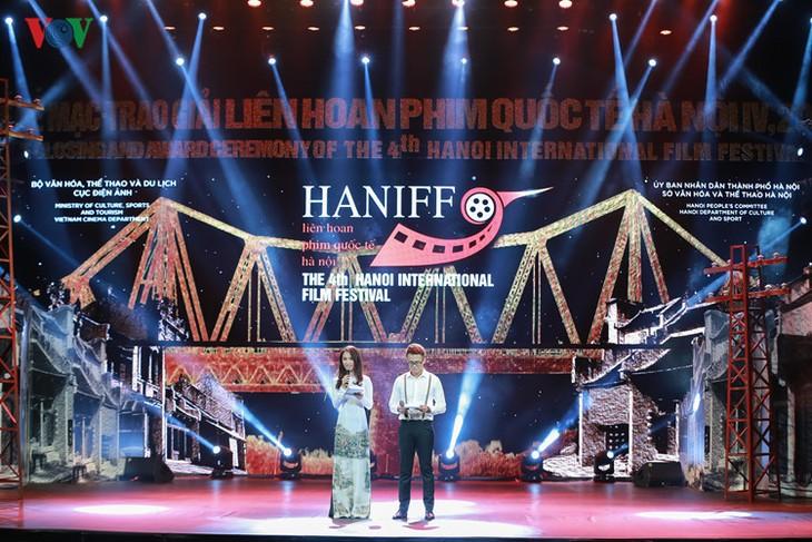 Spectaclular closing ceremony of Hanoi International Film Festival  - ảnh 1