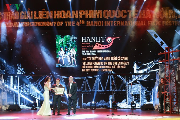 Spectaclular closing ceremony of Hanoi International Film Festival  - ảnh 10