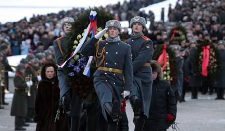 В России отмечают 70-летие освобождения Ленинграда от фашистской блокады - ảnh 1