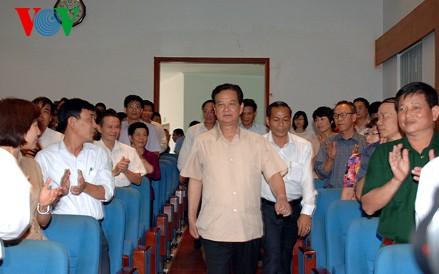 Премьер-министр Нгуен Тан Зунг: Вьетнам никогда не согласится и не смирится с угрозой - ảnh 2