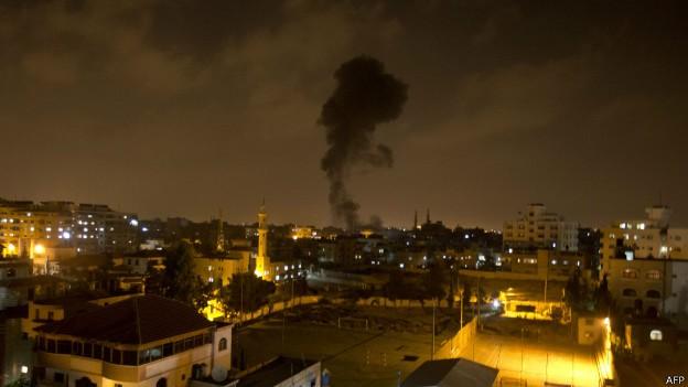 Израиль нанес новые авиаудары по сектору Газа - ảnh 1