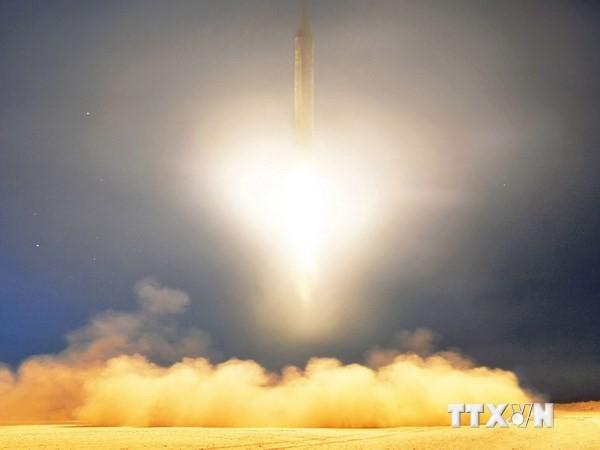Республика Корея и США осудили новые ракетные испытания КНДР - ảnh 1