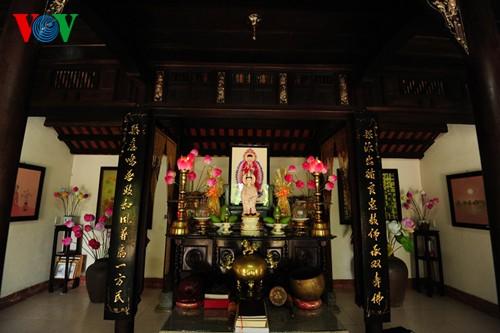 Деревня по изготовлению бумажных цветов в Хюэ - ảnh 4