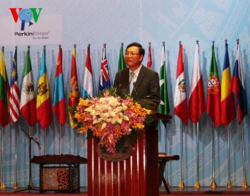 Вьетнам стал организатором 46-й международной школьной Олимпиады по химии - ảnh 1