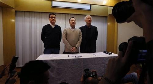 Три лидера движения «Оккупируй централ» призвали демонстрантов разойтись - ảnh 1