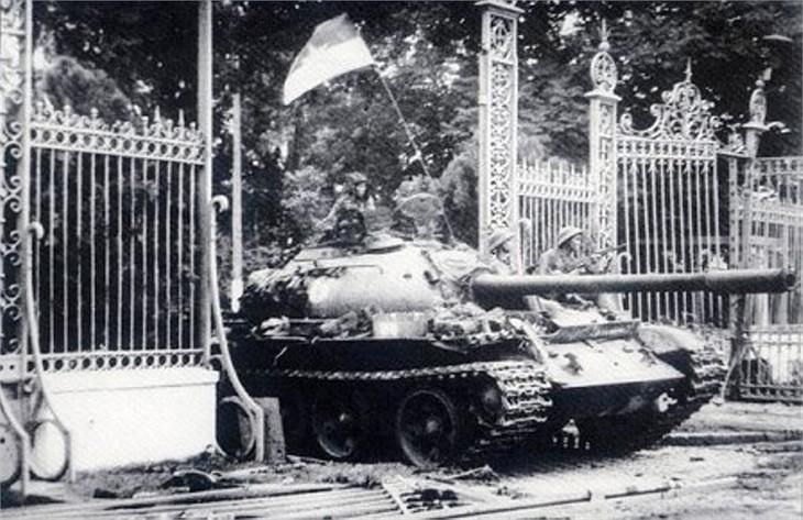 Вьетнамская война под углом зрения американцев - ảnh 1
