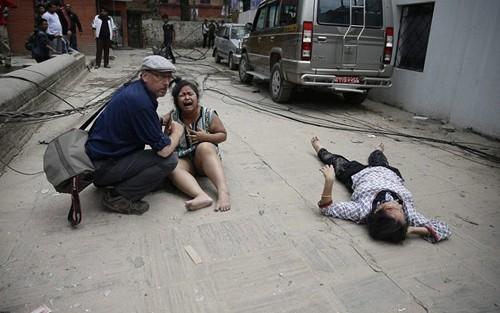 Не поступило никакой информации о  наличии вьетнамцев среди пострадавших в землетрясениях в Непале - ảnh 1