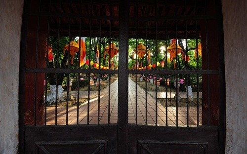 Великий буддийский праздник в Хюэ - ảnh 3