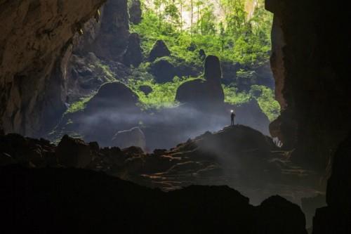 Министр Хоанг Туан Ань: Вьетнам рекламирует в Сингапуре пещеру Шондоонг - ảnh 1
