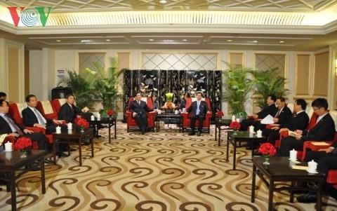 Вице-премьер СРВ Хоанг Чунг Хай встретился с зампредседателя КНР - ảnh 2
