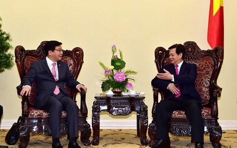 Премьер Вьетнама принял замминистра стратегии и финансов Южной Кореи - ảnh 1