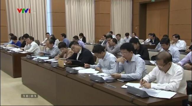 На 42-м заседании Постоянного комитета НС СРВ обсуждается ряд важных вопросов - ảnh 1